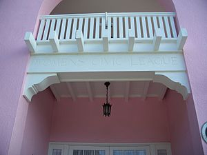 Woman's Club of Winter Haven - Image: Winter Haven Womans Club balcony 01