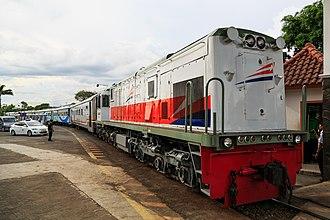 Indonesian Railway Company - Image: Yogyakarta Indonesia Train at Tugu Railway Station 04
