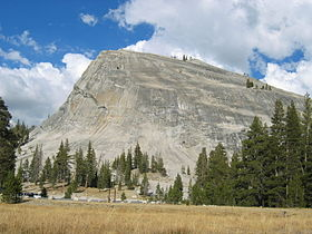 Yosemite-tuolumne meadows-lembert dome 1.jpeg