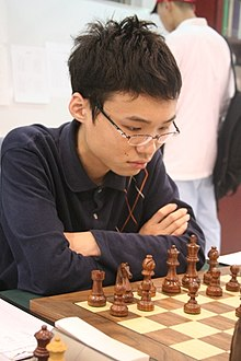 http://upload.wikimedia.org/wikipedia/commons/thumb/6/68/Yu_Yangyi.jpg/220px-Yu_Yangyi.jpg