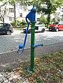 Zehlendorf Schützallee Wasserpumpe 14-001.jpg