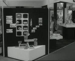 File:Zoetwarenbeurs in Utrecht Weeknummer, 80-15 - Open Beelden - 13362.ogv