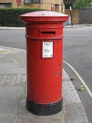 """Anonymous"" (Victorian) postbox, Tavistock Road - Tavistock Crescent, W11 - geograph.org.uk - 883214.jpg"