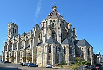 Aizenay - The church of Saint-Benoît, in Aizenay