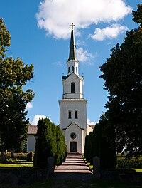 Östra Stenby kyrka sept 2010.jpg