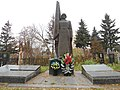 Братська могила радянських воїнів і підпільників.jpg
