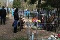 Кладбище села Солдатское на Пасху 2014 33.JPG
