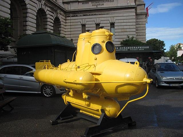 640px-Подводная_лодка_Жака_Ива_Кусто_IMG_4571.JPG