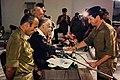 """ראש הממשלה יצחק שמיר ז""""ל וחיים כץ בסיום המכללה לבטחון לאומי.jpg"""