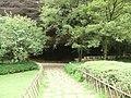"一线天入口处 - ""A Thread of Sky"" Cave Entrance - 2010.09 - panoramio.jpg"