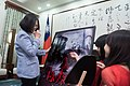 09.19 總統接見電影「紅衣小女孩」製作團隊 (37145810952).jpg