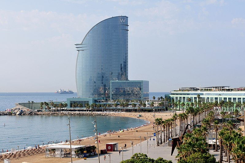 File:14-08-05-barcelona-RalfR-001.jpg