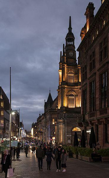 File:16-11-15-Straßenszene Glasgow-RR2 7192.jpg