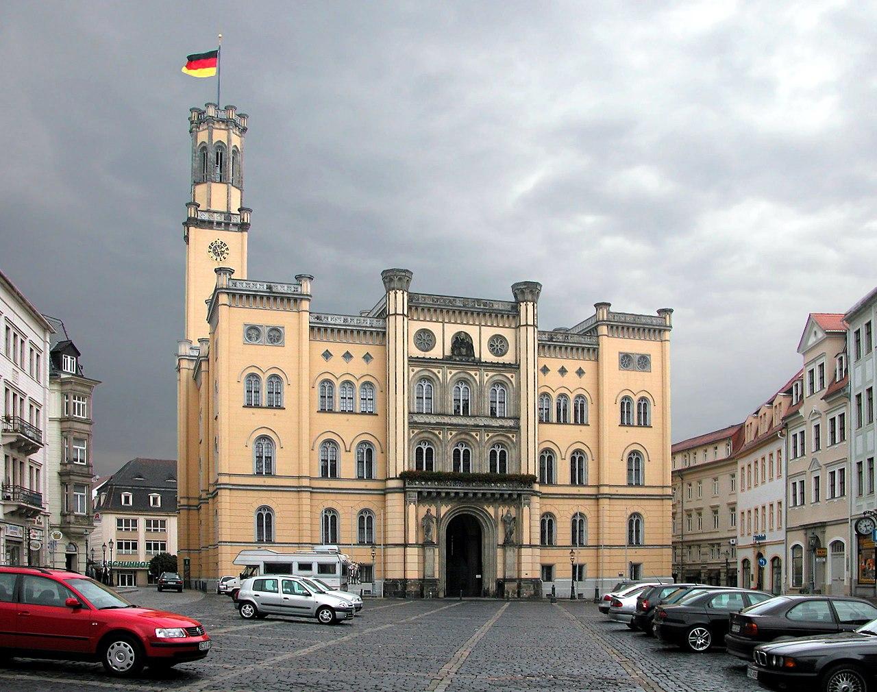 20031003200DR Zittau Rathaus am Markt.jpg