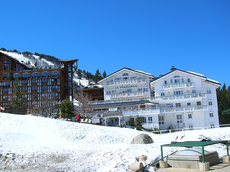 File:200604 - Courchevel 1850 3.JPG