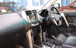 2009 Toyota Land Cruiser-Prado 03.jpg