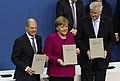 2018-03-12 Unterzeichnung des Koalitionsvertrages der 19. Wahlperiode des Bundestages by Sandro Halank–056.jpg