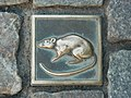 2018-07-15 A street tile with a picture of a rat in Hameln.jpg