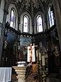 249 Església nova de Santo Tomás de Canterbury (Sabugo, Avilés), presbiteri i absis.jpg
