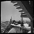 3.3.65. Pic du Midi et village de la Mongie dans la neige (1965) - 53Fi5080.jpg