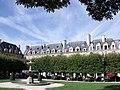 7, 9, 11 Place des Vosges.jpg