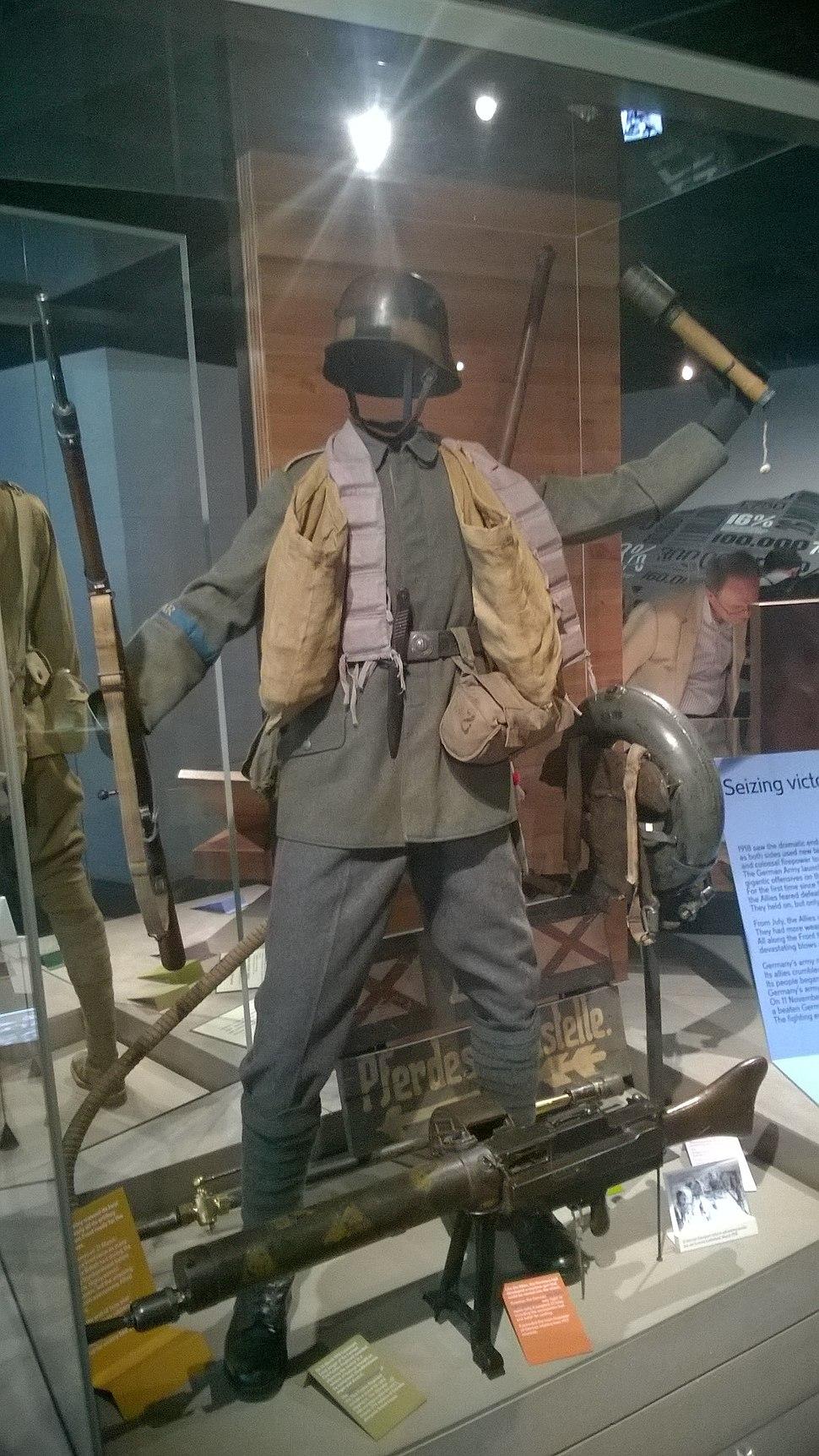 73 Fusilier Regiment WWI uniform