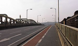 A2 road (Great Britain) - Looking west: the modern A2 crossing the River Medway at Rochester near the Roman and Celt crossings