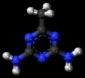 Acetoguanamine - Image: Acetoguanamine 3D balls