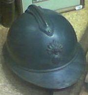 Casque de combat wikipdia casque adrian quipant le soldat franais de la premire guerre mondiale altavistaventures Choice Image