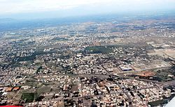 Aerial view of coimbatore (5060620904).jpg