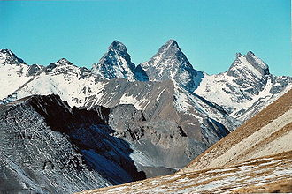 Aiguilles d'Arves - The Aiguilles d'Arves, seen from the Cerces plateau. From left to right: Aiguille Méridionale, Aiguille Centrale and Aiguille Septentrionale.