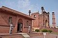 Allama Iqbal Tomb side view, adjacent to the Badshahi Mosque's gateway.jpg