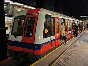 Skład Metropolis na stacji Centrum