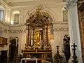Altare maggiore con statua bronzea dorata dell'Immacolata a Cappella Reale - Reggia borbonica di Portici (1749).JPG