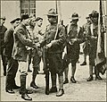 American Soldiers Getting Acquainted with their French Comrades – WWI (14757056126).jpg