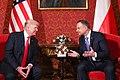 Andrzej Duda i Donald Trump na Zamku Królewskim w Warszawie.jpg
