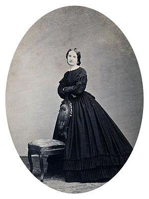 Antonia Ford - Studio portrait of Antonia Ford Willard