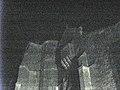 Aouste église fortifiée (nuit) 2.jpg