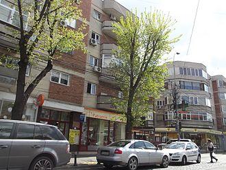 Dorobanți - Image: Appartment blocks in Dorobanti quarter