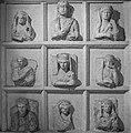 Arte funerario nichos bizantinos. (27790307188).jpg