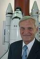 Astronaut Ernst Messerschmid (5915999293).jpg
