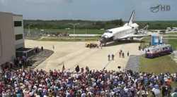 Atlantis welcome home ceremony outside the OPF July 22