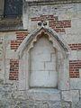 Bailleul-sur-Thérain niche vide église.JPG