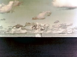 Baker underwater atomic bomb blast, 25 July 1946 (NH 85805-KN)