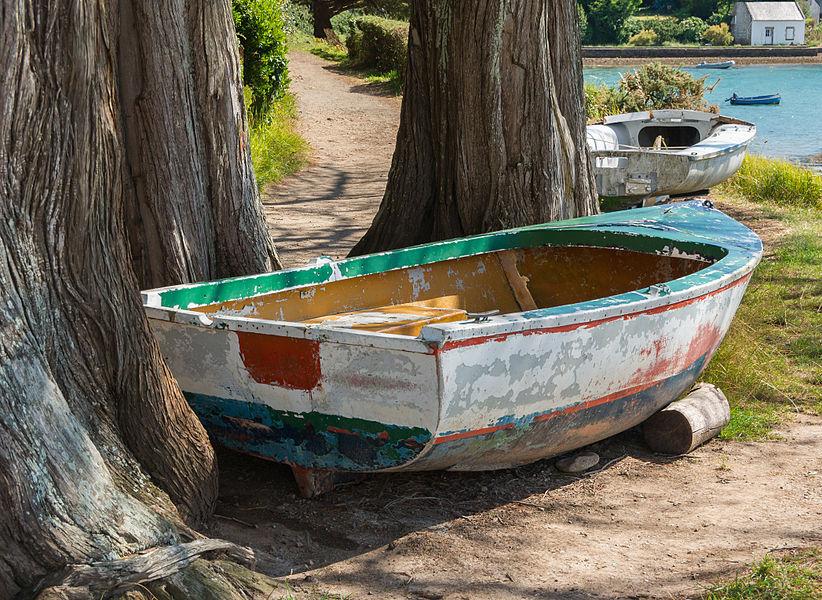 Abandoned rowboat, Île aux Moines, Morbihan, France