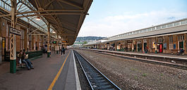 Bath Spa Railway Station, England - April 2009.jpg