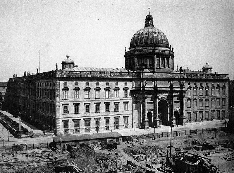 File:Berlin City Palace 1894.jpg