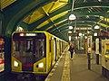 Berlin Hochbahn U2 Eberswalder Straße HK.jpg