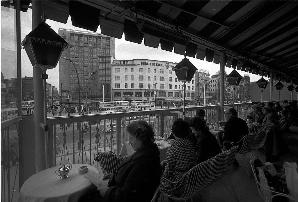 Cafe Kranzler Berlin Kurf Ef Bf Bdrstendamm