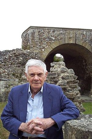 Bernard Mayes